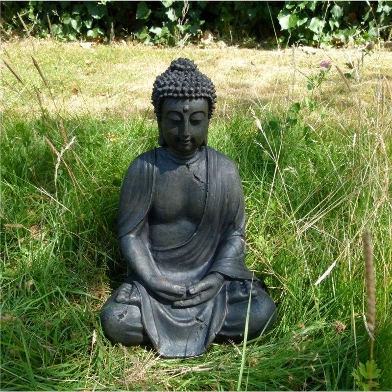 Sitzende buddha statue budda skulptur asia garten figur for Buddha figur