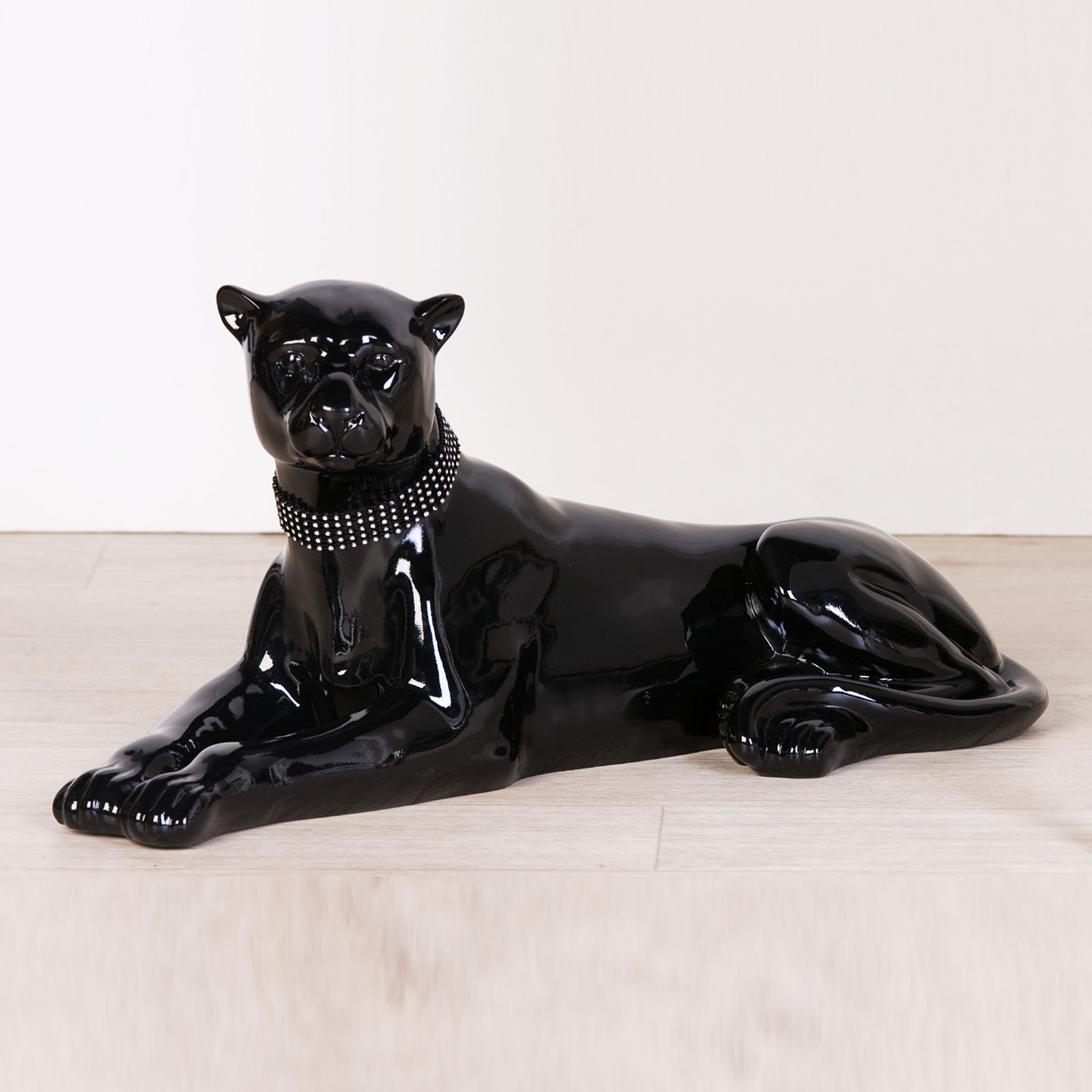 design figurine panther black luxury statue sculpture wild cat home decor. Black Bedroom Furniture Sets. Home Design Ideas