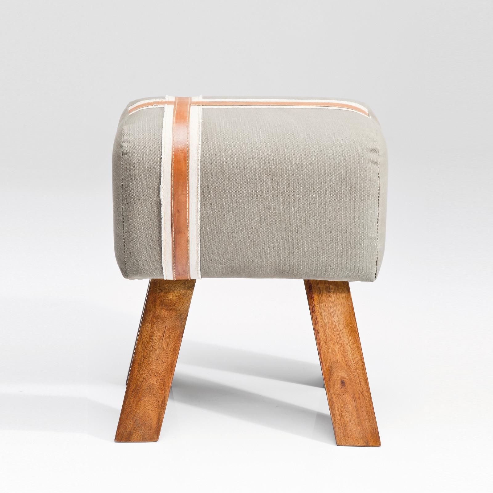 rustikaler sitzhocker bock hellgrau vintage springbock. Black Bedroom Furniture Sets. Home Design Ideas