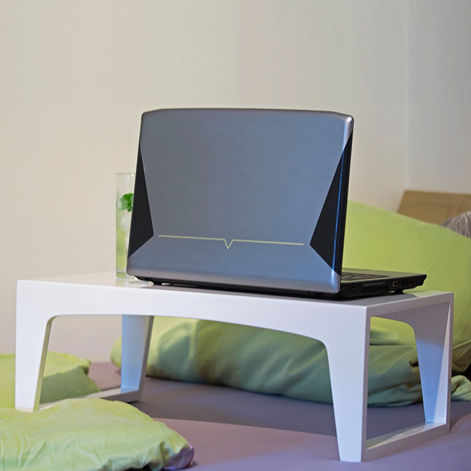 design laptoptisch tableau bett tablett tisch 60cm. Black Bedroom Furniture Sets. Home Design Ideas