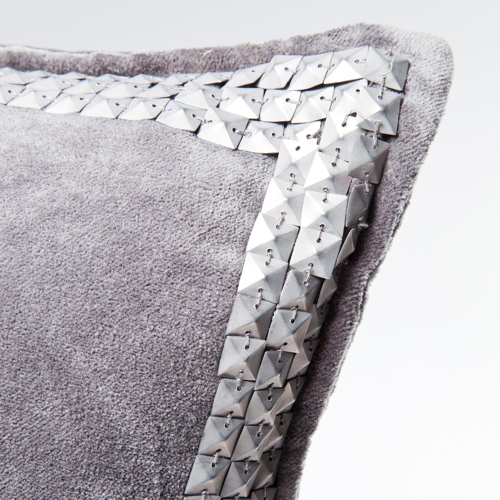 glamour kissen mit pailletten 45 x 45 cm zierkissen grau. Black Bedroom Furniture Sets. Home Design Ideas