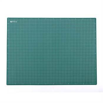 Selbstheilende Schneidematte | PVC, A2, 2 mm, grün | mit 5mm Raster