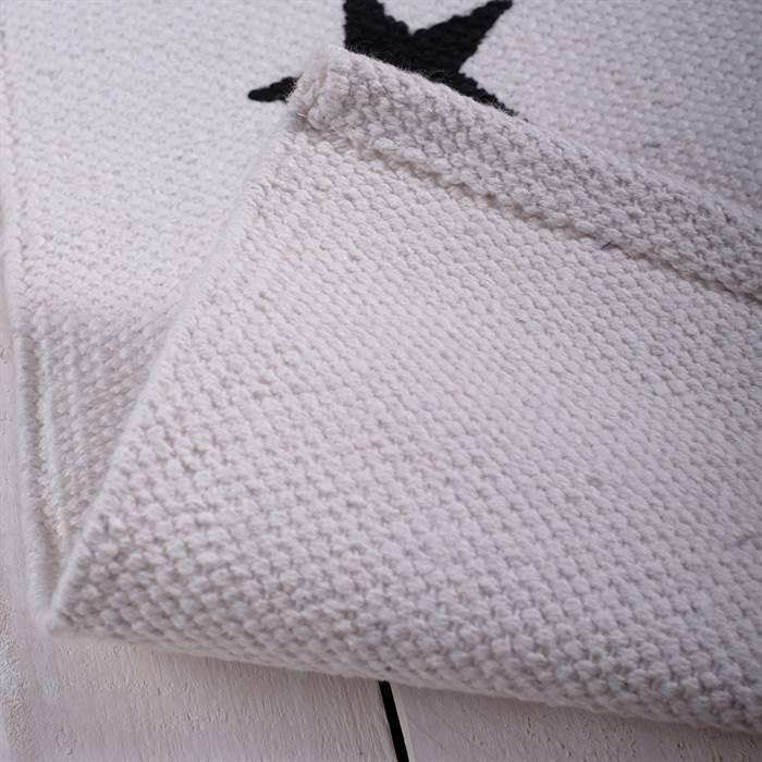 kleiner teppich stern ca 50x80 cm wei schwarz mit. Black Bedroom Furniture Sets. Home Design Ideas