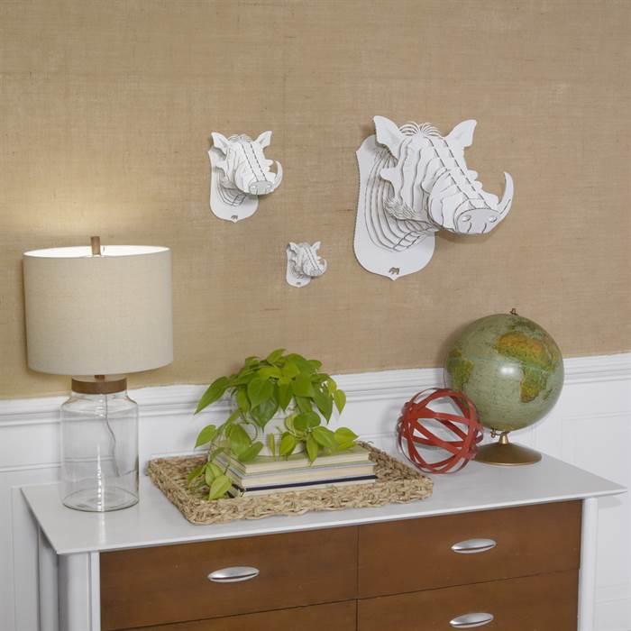 cardboard safari warzenschwein winston kultiges dekogeweih 24 cm wandbild ebay. Black Bedroom Furniture Sets. Home Design Ideas